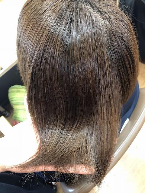 キラ髪:キラ髪5回目の写真です。ツヤツヤ・スベスベになりその後3カ月間、アホ毛も落ち着き縮毛までやらなくても良いクセの方におすすめです!!