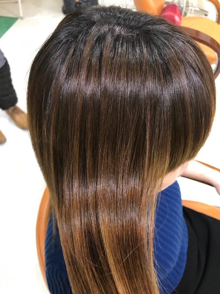 キラ髪:シャンプーしても輝きが失われず、持続する輝きと保湿力のある、しなやかな美しい髪をつくる技術。それがキラ髪です✨