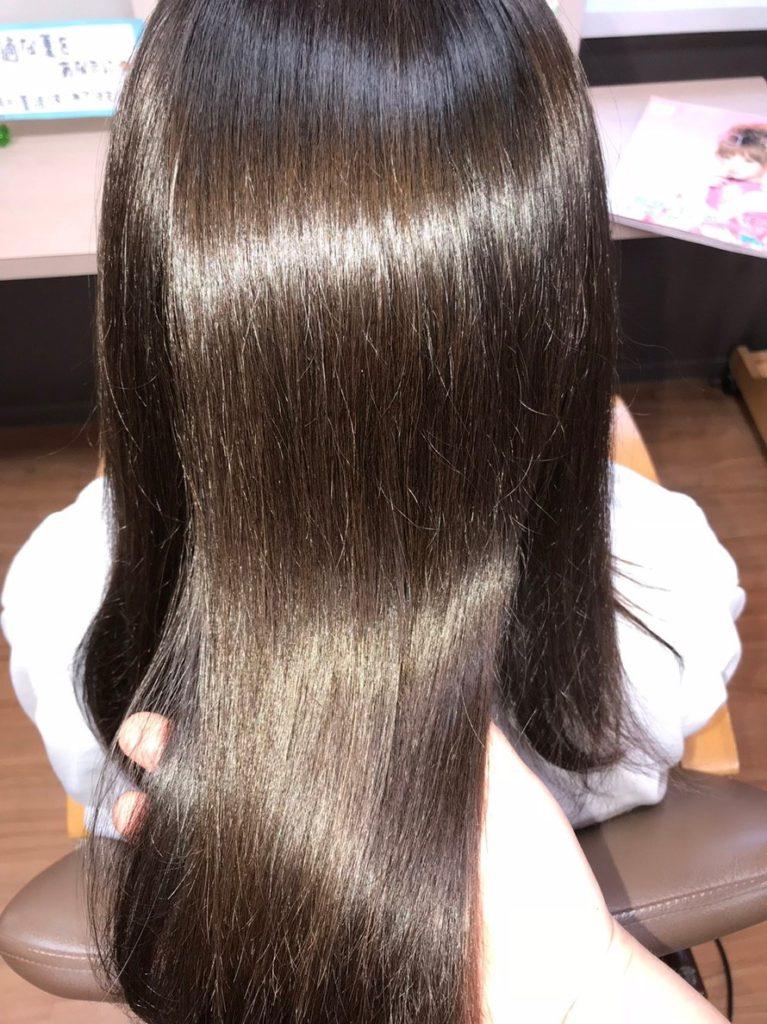 """キラ髪:あらゆる髪のトラブルを""""なおし""""キレイ💖が持続する健康なサラツヤ髪を作ります✨カラー・ストレート・パーマ 一緒にしてもOK。"""