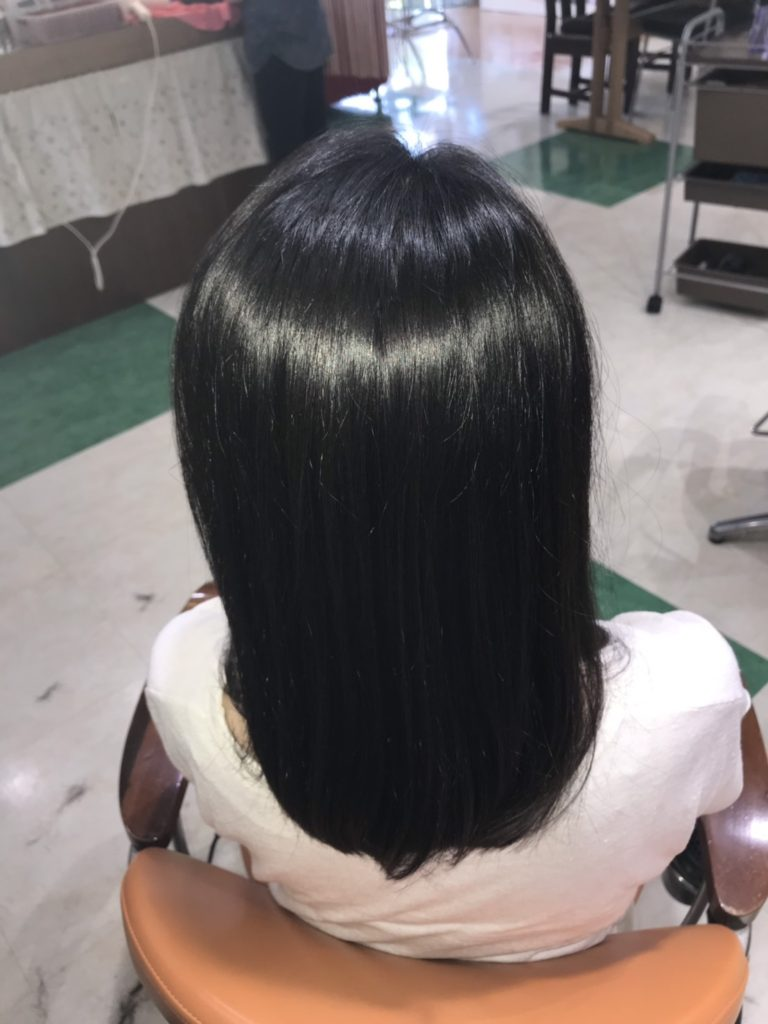 キラ髪:髪の広がりが気になる方はキラ髪✨を体験していただくだけでシルエットが変わり、印象が劇的に変化します。夏の紫外線・乾燥でダメージを受けたり、エイジングによって、以前に比べて広がりやすかったり、うねったり、パサついたり・・・そして何よりツヤがなくなった・・・。そんな方にオススメします。