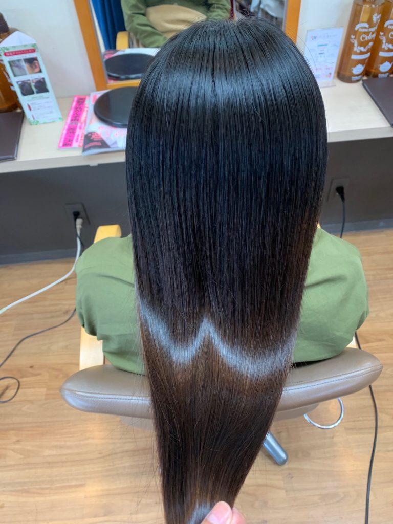 キラ髪☆髪のパサつきでお悩みのお客様にご来店いただきました♡今回初めて髪質改善メニューキラ髪✨を体感して頂いた写真がコチラです。指通りご良くなり、艶々の髪へ改善されました‼️